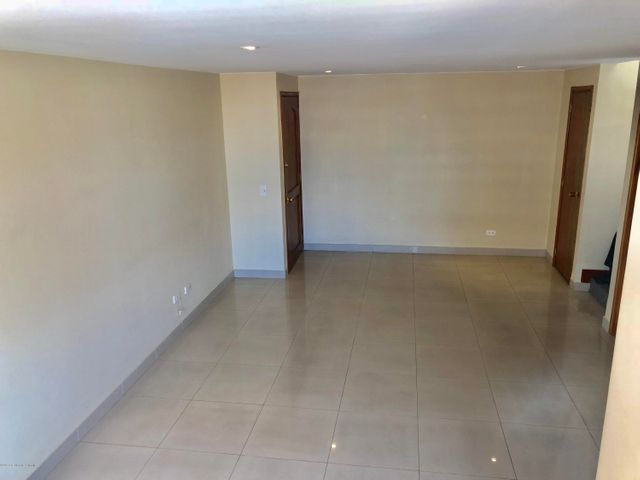 Apartamento Bogota D.C.>Bogota>Puente Largo - Venta:440.000.000 Pesos - codigo: 19-61