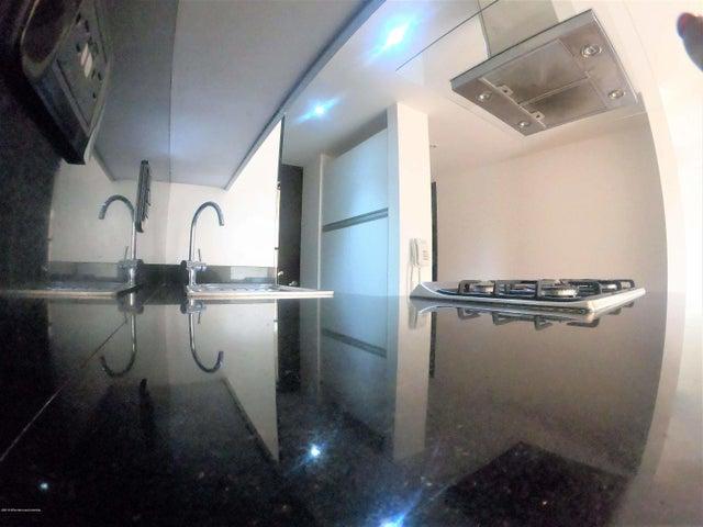 Apartamento Bogota D.C.>Bogota>La Carolina - Venta:360.000.000 Pesos - codigo: 19-87