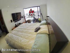 Apartamento Bogota D.C.>Bogota>Country Club - Arriendo:5.500.000 Pesos - codigo: 19-159
