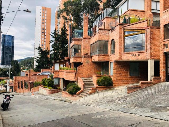 Apartamento Bogota D.C.>Bogota>Bosque de Pinos - Venta:1.390.000.000 Pesos - codigo: 19-166