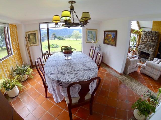 Casa Cundinamarca>La Calera>Vereda San Jose - Venta:990.000.000 Pesos - codigo: 19-212