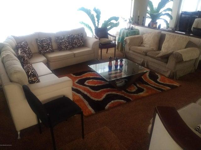 Casa Bogota D.C.>Bogota>San Jose De Bavaria - Arriendo:6.000.000 Pesos - codigo: 19-279
