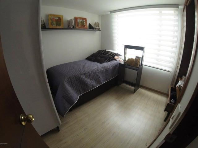 Apartamento Bogota D.C.>Bogota>Santa Barbara - Venta:1.200.000.000 Pesos - codigo: 19-305