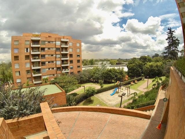 Apartamento Bogota D.C.>Bogota>Club Los Lagartos - Venta:1.100.000.000 Pesos - codigo: 19-328