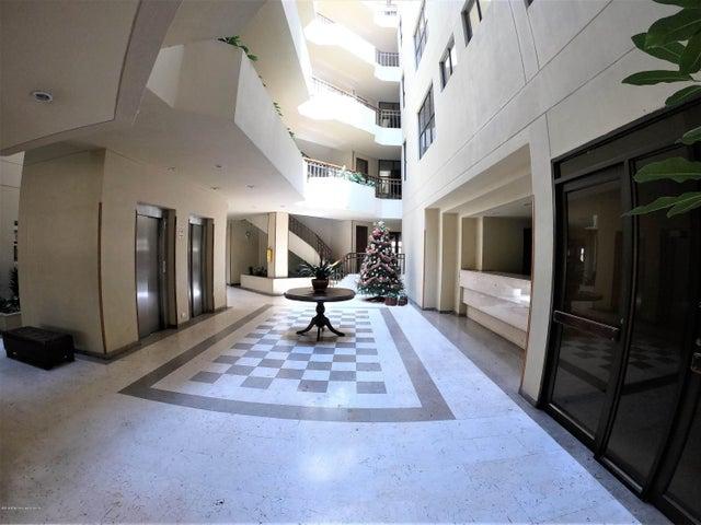 Apartamento Bogota D.C.>Bogota>San Patricio - Venta:530.000.000 Pesos - codigo: 19-356