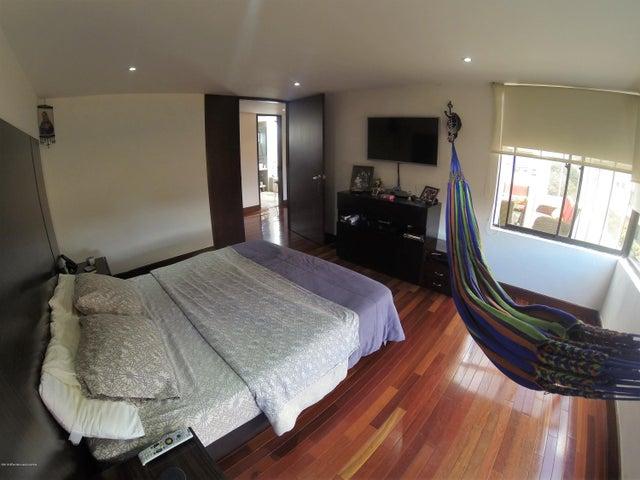 Apartamento Bogota D.C.>Bogota>Santa Barbara - Venta:1.150.000.000 Pesos - codigo: 19-392