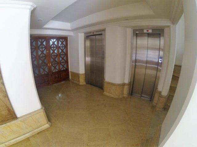 Apartamento Bogota D.C.>Bogota>Los Rosales - Venta:1.550.000.000 Pesos - codigo: 19-395