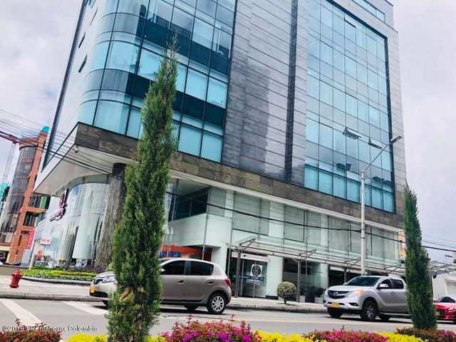 Oficina Bogota D.C.>Bogota>Santa Barbara Occidental - Arriendo:19.085.000 Pesos - codigo: 19-475