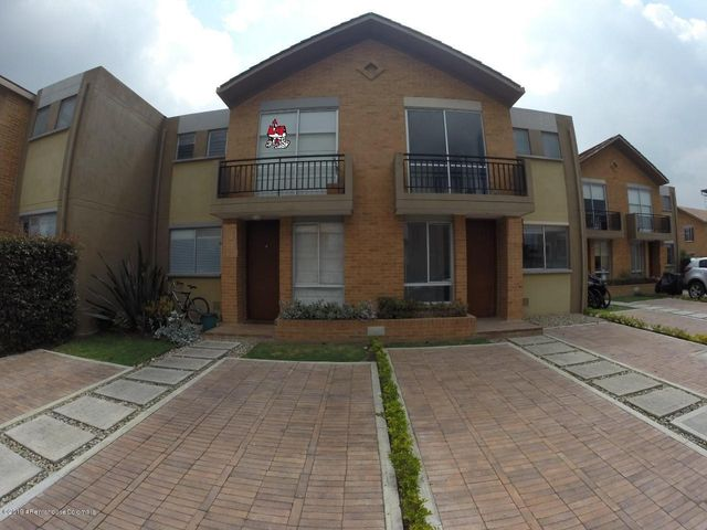 Casa Cundinamarca>Cajica>La Estacion - Venta:410.000.000 Pesos - codigo: 19-529