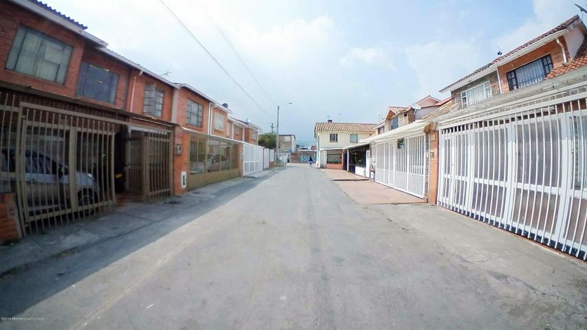 Casa Cundinamarca>Chia>Sabana Centro - Venta:330.000.000 Pesos - codigo: 19-537