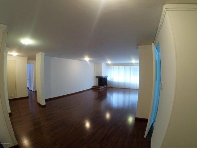 Apartamento Bogota D.C.>Bogota>Santa Paula - Venta:560.000.000 Pesos - codigo: 19-574