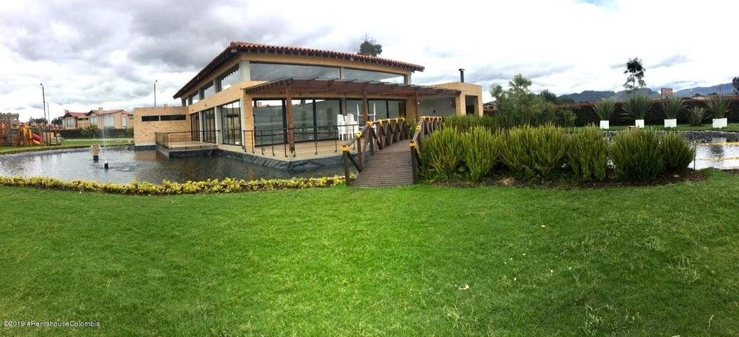 Casa Cundinamarca>Cajica>Vereda Calahorra - Arriendo:4.200.000 Pesos - codigo: 19-585