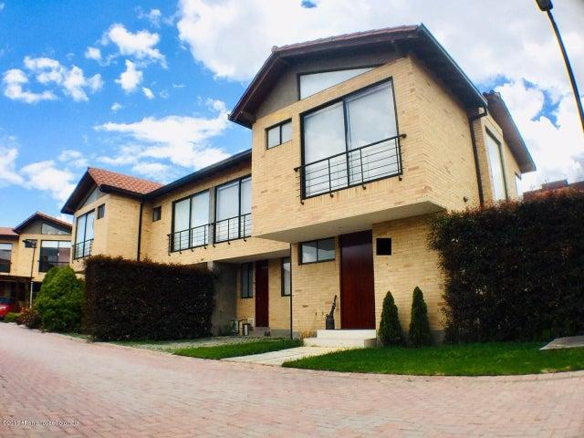 Casa Cundinamarca>Cajica>Vereda Calahorra - Arriendo:6.200.000 Pesos - codigo: 19-586