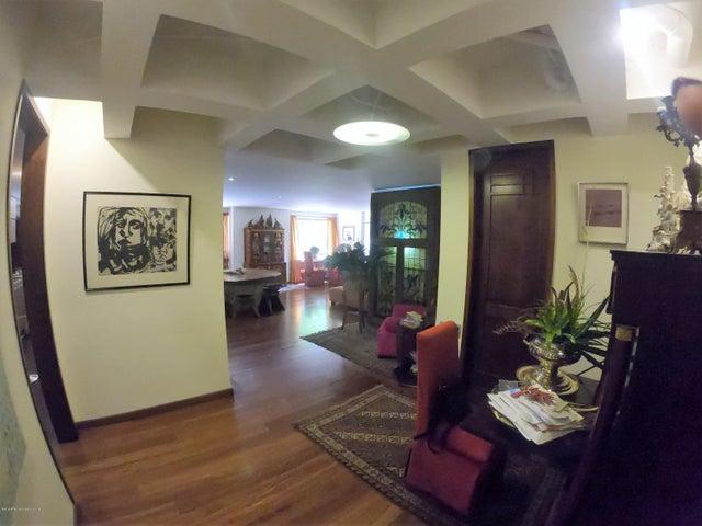 Apartamento Bogota D.C.>Bogota>Los Rosales - Venta:840.000.000 Pesos - codigo: 19-592