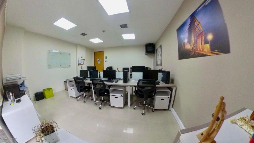 Oficina Bogota D.C.>Bogota>Cedritos - Venta:270.000.000 Pesos - codigo: 19-632