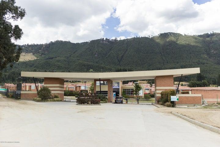 Casa Cundinamarca>Cajica>La Estacion - Venta:690.000.000 Pesos - codigo: 19-638