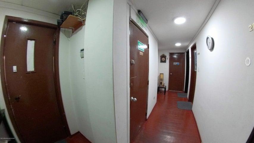 Oficina Bogota D.C.>Bogota>Pardo Rubio - Venta:420.000.000 Pesos - codigo: 19-642