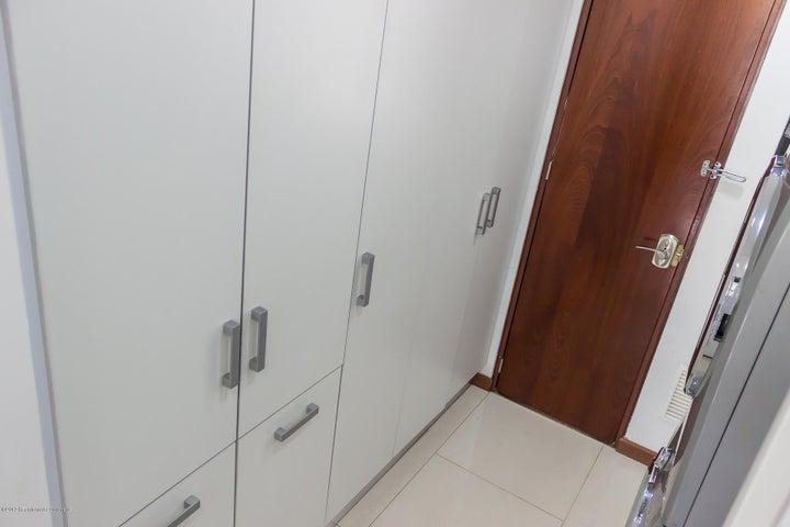 Casa Cundinamarca>Cajica>Calahorra - Venta:820.000.000 Pesos - codigo: 19-659