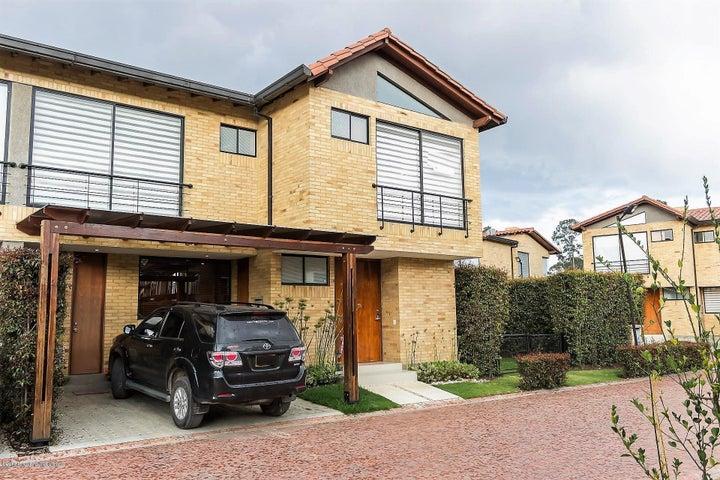 Casa Cundinamarca>Cajica>Calahorra - Venta:850.000.000 Pesos - codigo: 19-660