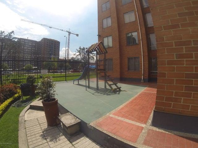 Apartamento Bogota D.C.>Bogota>Modelia - Venta:320.000.000 Pesos - codigo: 19-670