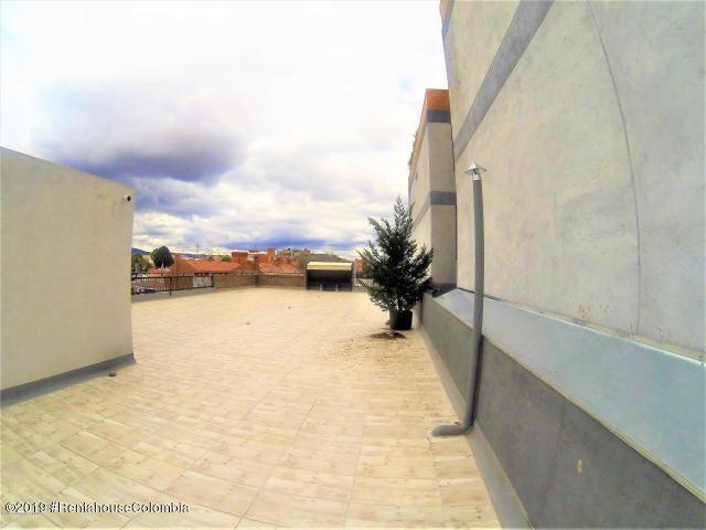 Oficina Bogota D.C.>Bogota>Nueva Autopista - Venta:4.500.000.000 Pesos - codigo: 19-671