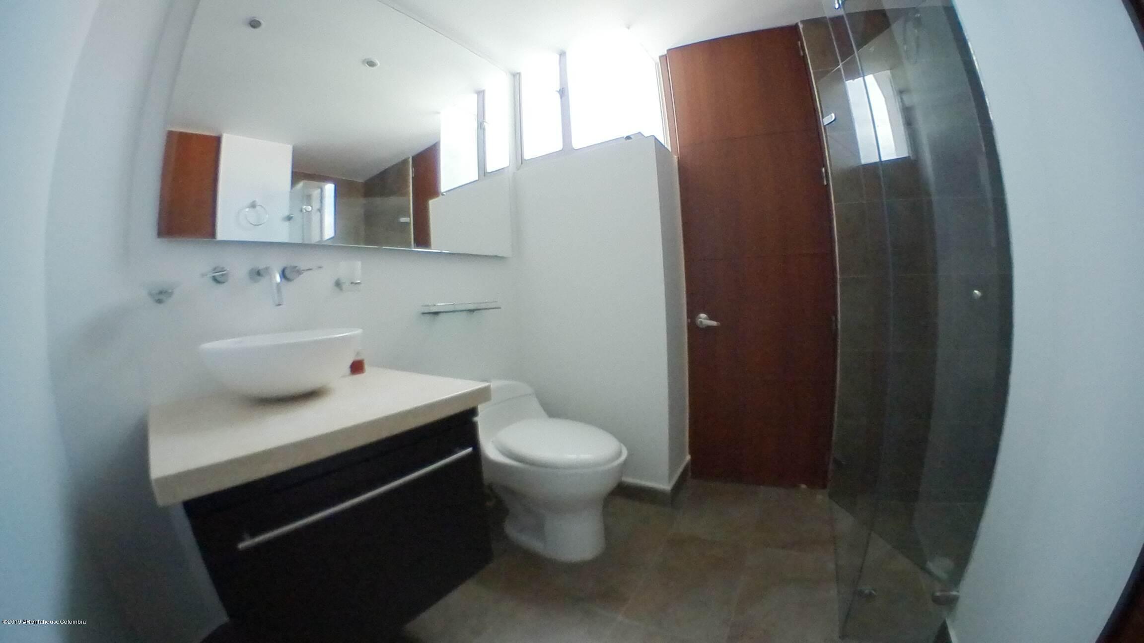 Apartamento Bogota D.C.>Bogota>Nueva Autopista - Arriendo:1.900.000 Pesos - codigo: 19-673