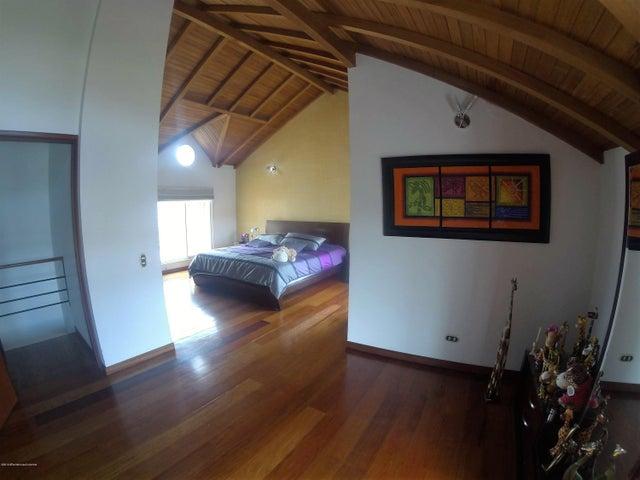 Casa Cundinamarca>Chia>La Balsa - Venta:640.000.000 Pesos - codigo: 19-675