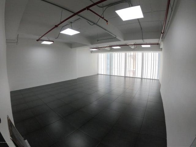 Oficina Bogota D.C.>Bogota>Chapinero Central - Venta:495.000.000 Pesos - codigo: 19-678