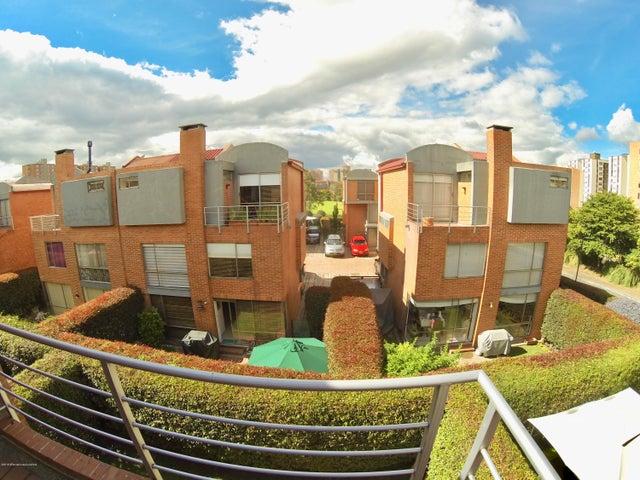 Casa Bogota D.C.>Bogota>Iberia - Venta:900.000.000 Pesos - codigo: 19-685