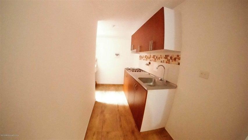 Apartamento Cundinamarca>Zipaquira>Julio Caro - Venta:150.000.000 Pesos - codigo: 19-726
