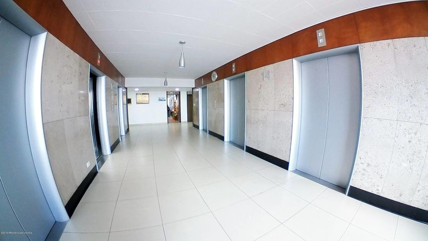 Oficina Bogota D.C.>Bogota>San Victorino - Venta:250.000.000 Pesos - codigo: 19-689