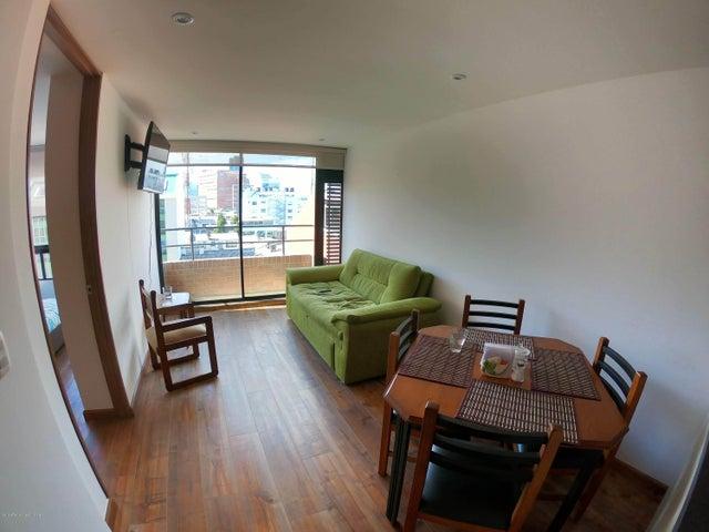 Apartamento Bogota D.C.>Bogota>Santa Barbara Oriental - Arriendo:2.400.000 Pesos - codigo: 19-702