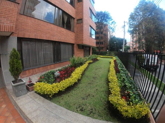 Apartamento Bogota D.C.>Bogota>La Carolina - Venta:830.000.000 Pesos - codigo: 19-695