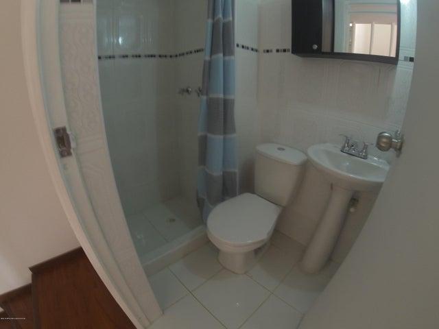 Casa Bogota D.C.>Bogota>Mazuren - Venta:268.000.000 Pesos - codigo: 19-696
