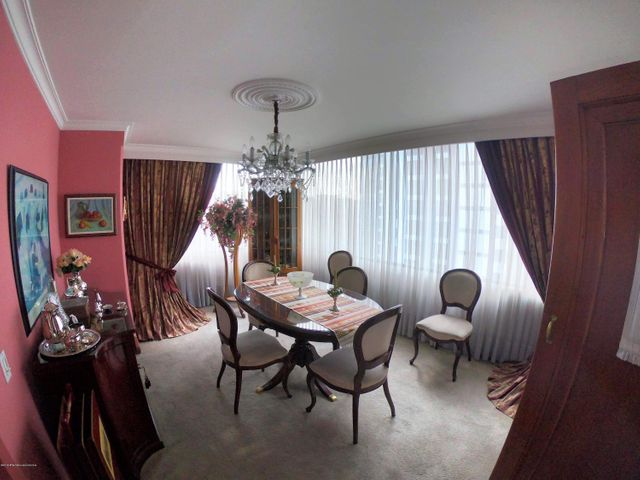 Apartamento Bogota D.C.>Bogota>Santa Barbara - Arriendo:4.800.000 Pesos - codigo: 19-703