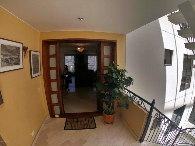Apartamento Bogota D.C.>Bogota>Santa Barbara Central - Venta:790.000.000 Pesos - codigo: 19-709