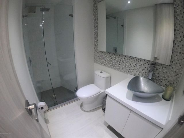 Apartamento Bogota D.C.>Bogota>La Carolina - Venta:1.300.000.000 Pesos - codigo: 19-707