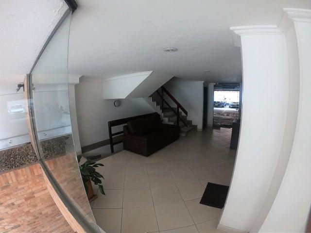 Apartamento Bogota D.C.>Bogota>Batan - Arriendo:1.450.000 Pesos - codigo: 19-706