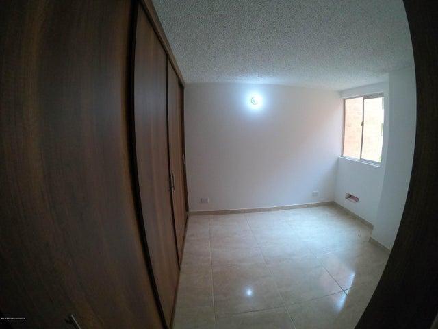 Apartamento Cundinamarca>Zipaquira>La Arboleda - Venta:150.000.000 Pesos - codigo: 19-727