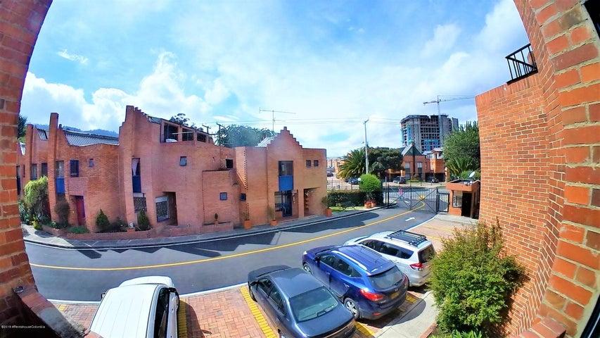 Casa Bogota D.C.>Bogota>El Redil - Venta:355.000.000 Pesos - codigo: 19-783