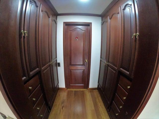 Apartamento Bogota D.C.>Bogota>Santa Paula - Venta:960.000.000 Pesos - codigo: 19-790