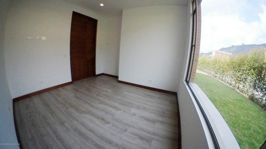 Casa Cundinamarca>Cajica>Vereda Canelon - Arriendo:4.500.000 Pesos - codigo: 19-784