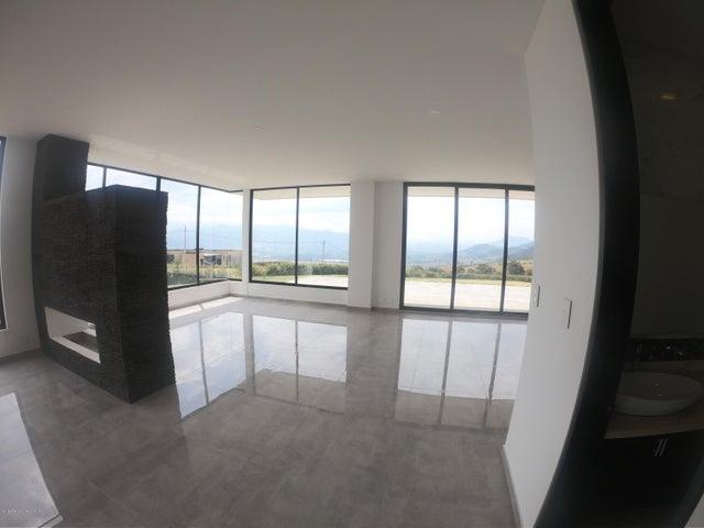 Casa Cundinamarca>Chia>Yerbabuena - Venta:2.700.000.000 Pesos - codigo: 19-797