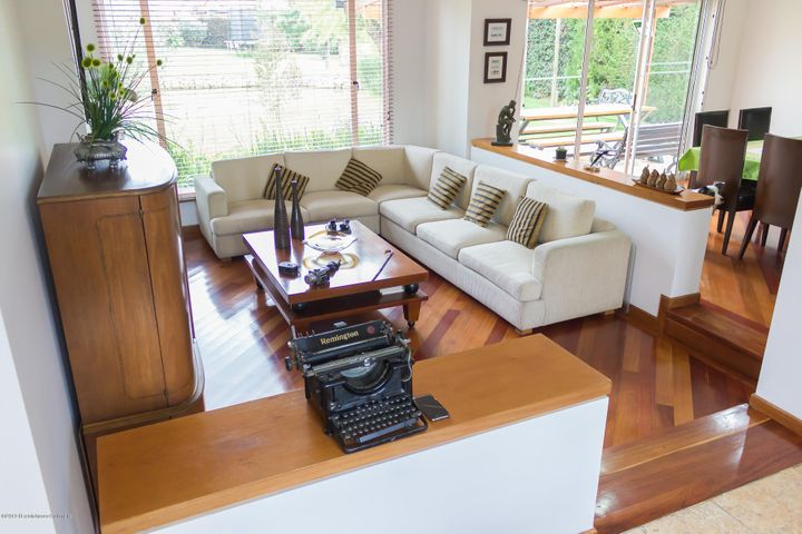 Casa Cundinamarca>Chia>Santa Ana Chia - Venta:1.750.000.000 Pesos - codigo: 19-813