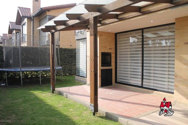 Casa Cundinamarca>Cajica>Calahorra - Venta:795.000.000 Pesos - codigo: 19-802