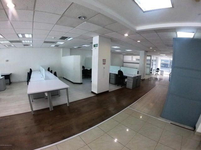 Oficina Bogota D.C.>Bogota>Chico Norte II - Arriendo:44.200.000 Pesos - codigo: 19-837