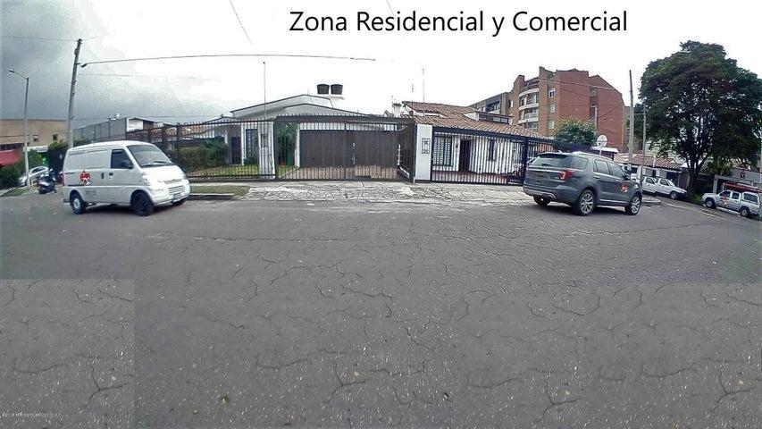 Casa Bogota D.C.>Bogota>Nueva Autopista - Arriendo:6.000.000 Pesos - codigo: 19-848
