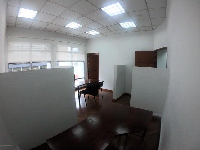 Oficina Bogota D.C.>Bogota>Chico Norte II - Arriendo:64.000.000 Pesos - codigo: 19-838