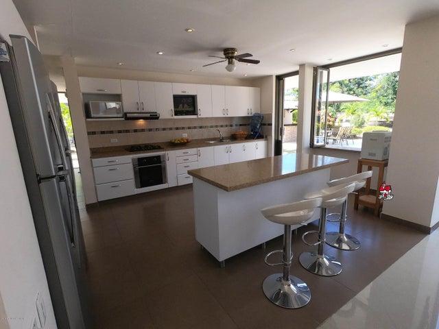 Casa Cundinamarca>Anapoima>San Jose - Venta:3.500.000.000 Pesos - codigo: 19-860
