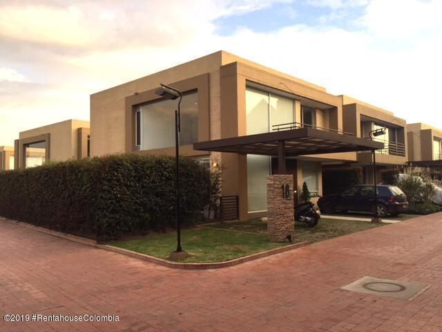 Casa Cundinamarca>Cajica>Vereda Canelon - Venta:798.000.000 Pesos - codigo: 19-886